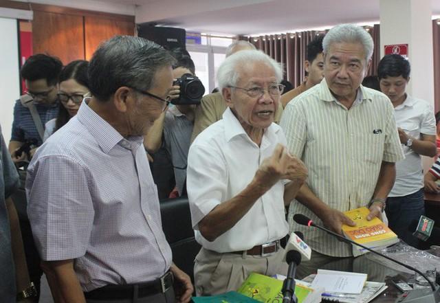 Cựu giáo viên trường Thực Nghiệm nói về cách rèn luyện tư duy trong sách của GS Hồ Ngọc Đại - Ảnh 2.