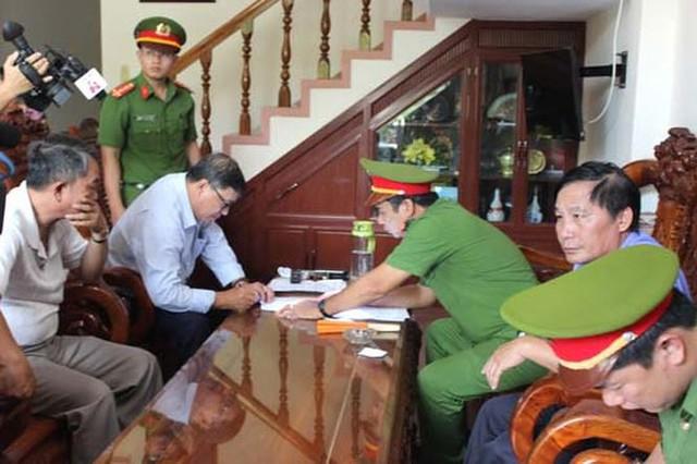 Cựu chủ tịch huyện liên quan dự án lọc dầu Vũng Rô bị bắt  - Ảnh 1.