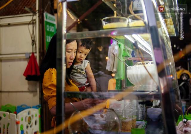 Câu chuyện về người con đặc biệt của vợ chồng thạc sỹ bán chè Sài Gòn: Sự nghiệp có thể làm lại, nhưng con cái thì bố mẹ không có cơ hội thứ 2 - Ảnh 3.