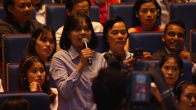 Câu hỏi của bạn trẻ Việt Nam cho Google khiến Bộ trưởng Malaysia bật cười tán thưởng - Ảnh 3.
