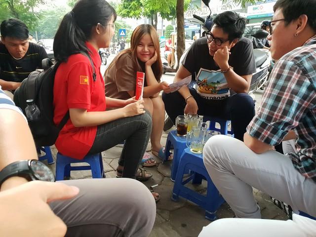 Chân ướt chân ráo tới Hà Nội, Go-Việt thể hiện tham vọng vượt mặt Grab ngay từ quán trà đá - Ảnh 2.