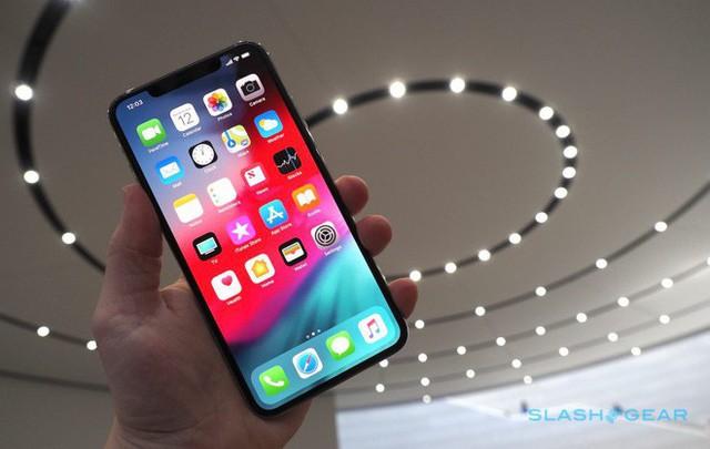 Ảnh cận cảnh bộ đôi iPhone Xs và Xs Max Apple vừa trình làng - Ảnh 1.