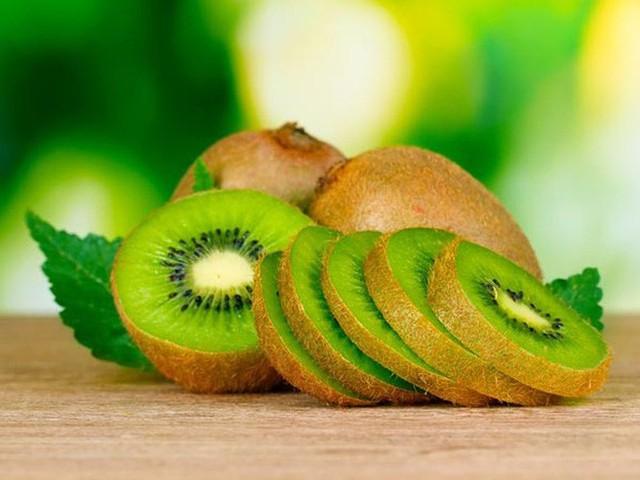 Trái kiwi có nhiều lợi ích sức khoẻ mà bạn không biết - Ảnh 1.