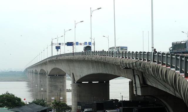 Có thể cấm cầu Vĩnh Tuy, Thanh Trì, Nhật Tân vì siêu bão Mangkhut? - Ảnh 2.