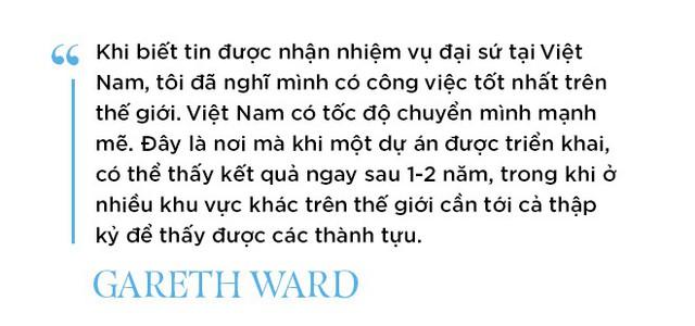 Chân dung tân Đại sứ Vương Quốc Anh - người viết facebook bằng tiếng Việt - Ảnh 5.