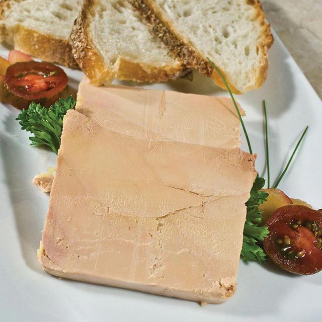 Foie gras - đỉnh cao văn hóa ẩm thực Pháp: Khi lằn ranh giữa món ăn xa hoa và nỗi thống khổ tột cùng của loài ngỗng bị xóa mờ - Ảnh 5.