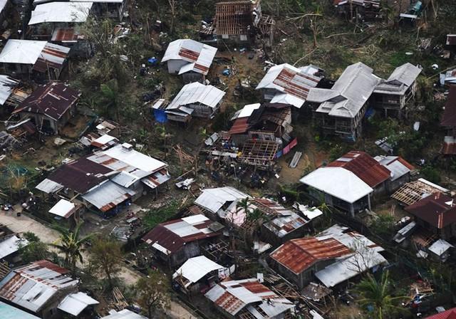 Số người chết vì bão Mangkhut ở Philippines tăng chóng mặt - Ảnh 5.