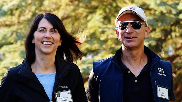 5 thói quen hàng ngày làm nên thành công của vị tỷ phú giàu nhất thế giới Jeff Bezos: Đơn giản nhưng chẳng mấy ai chú tâm và làm được - Ảnh 1.