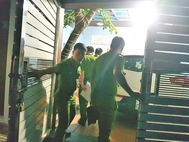Khám xét nhà 4 cán bộ nguyên lãnh đạo Văn phòng UBND TP Đà Nẵng  - Ảnh 1.