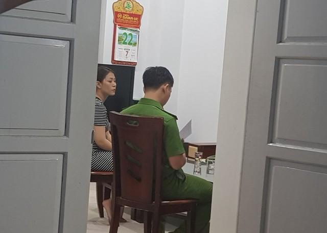 Khám xét nhà 4 cán bộ nguyên lãnh đạo Văn phòng UBND TP Đà Nẵng  - Ảnh 2.
