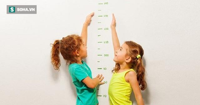3 tín hiệu nhận biết trẻ bắt đầu phát triển chiều cao mạnh nhất: 4 việc cha mẹ nên làm gấp - Ảnh 1.