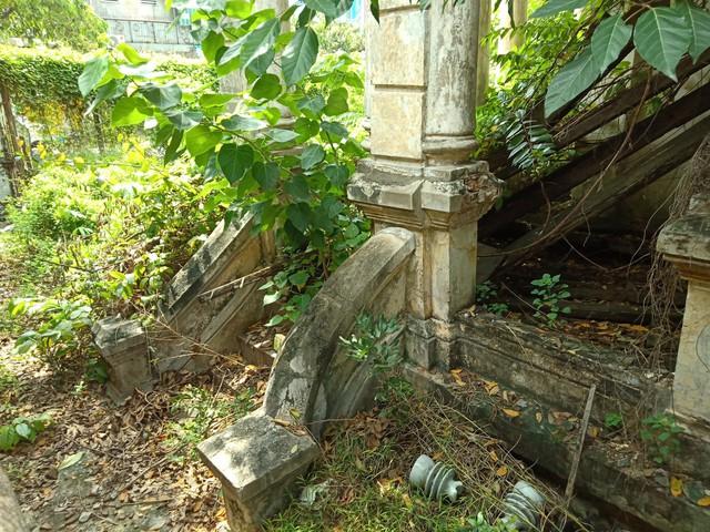 Căn biệt thự gần 100 tuổi được tháo dỡ dở dang ở Sài Gòn - Ảnh 4.