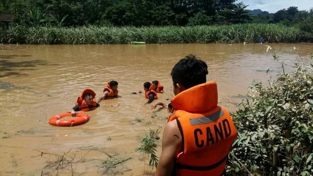 Số người chết, mất tích do mưa lũ tại Thanh Hóa tăng lên 13 người - Ảnh 1.