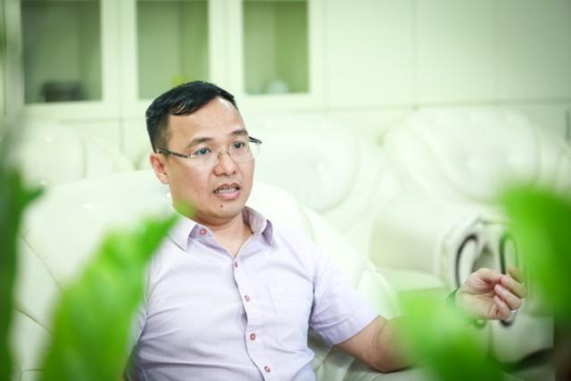 [BizSTORY] Chủ tịch Điện Quang Hồ Quỳnh Hưng: Làm tốt được đãi ngộ phù hợp, đó là luật nhân quả - Ảnh 1.