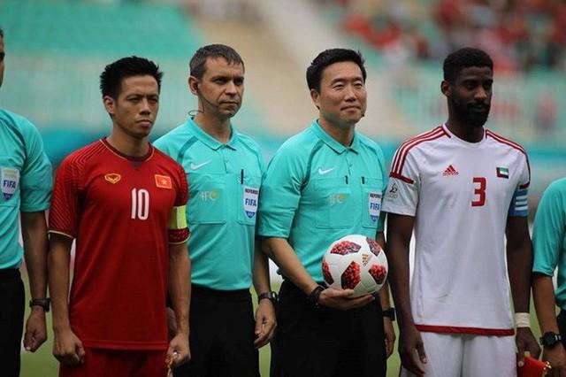 Nếu có công nghệ V.A.R ở ASIAD 2018, Olympic Việt Nam đã có một trận đấu công bằng hơn - Ảnh 1.