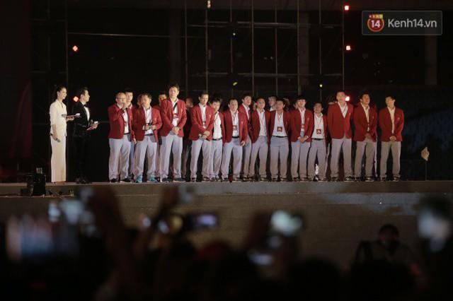 Nhiều khoảnh khắc ấn tượng trong lễ vinh danh đoàn thể thao Việt Nam trở về từ ASIAD 2018 - Ảnh 4.