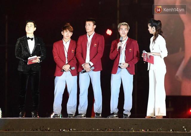 Nhiều khoảnh khắc ấn tượng trong lễ vinh danh đoàn thể thao Việt Nam trở về từ ASIAD 2018 - Ảnh 5.