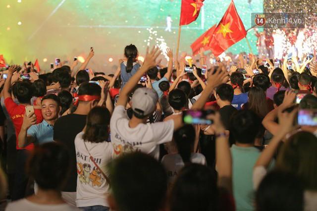 Nhiều khoảnh khắc ấn tượng trong lễ vinh danh đoàn thể thao Việt Nam trở về từ ASIAD 2018 - Ảnh 12.