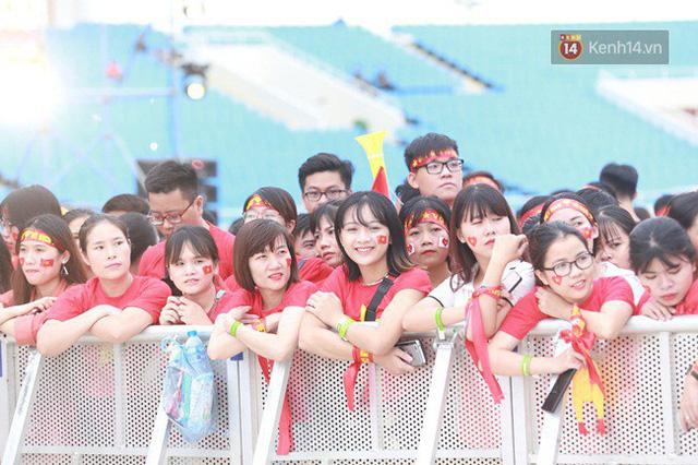 Nhiều khoảnh khắc ấn tượng trong lễ vinh danh đoàn thể thao Việt Nam trở về từ ASIAD 2018 - Ảnh 38.