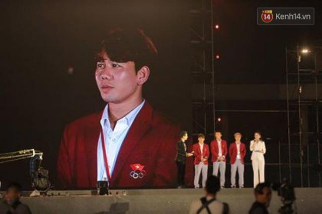 Nhiều khoảnh khắc ấn tượng trong lễ vinh danh đoàn thể thao Việt Nam trở về từ ASIAD 2018 - Ảnh 7.