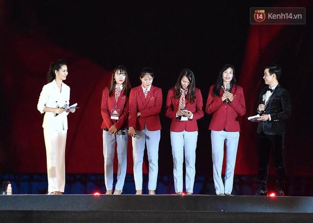 Nhiều khoảnh khắc ấn tượng trong lễ vinh danh đoàn thể thao Việt Nam trở về từ ASIAD 2018 - Ảnh 14.