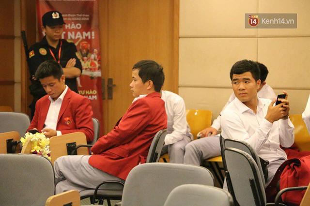 Nhiều khoảnh khắc ấn tượng trong lễ vinh danh đoàn thể thao Việt Nam trở về từ ASIAD 2018 - Ảnh 41.
