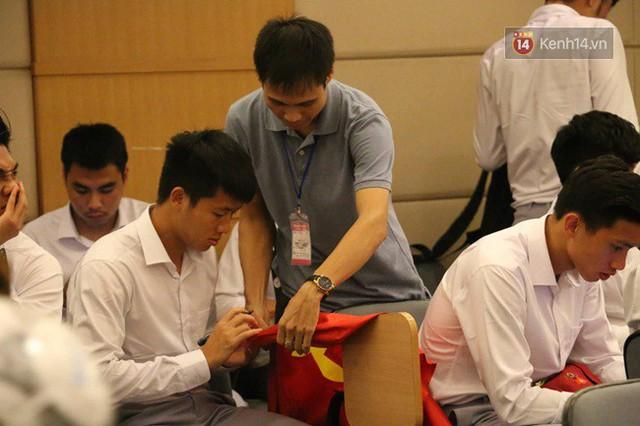 Nhiều khoảnh khắc ấn tượng trong lễ vinh danh đoàn thể thao Việt Nam trở về từ ASIAD 2018 - Ảnh 42.