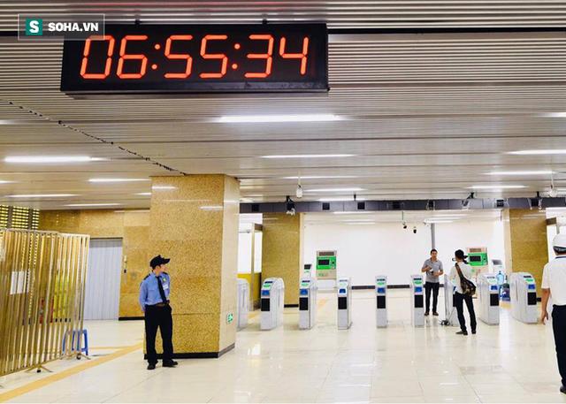 13 đoàn tàu đường sắt Cát Linh - Hà Đông đang chạy thử trong sáng nay - Ảnh 1.