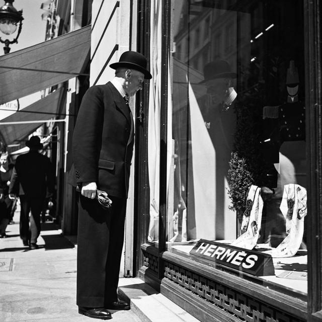 Sự hấp dẫn đến từ những khung cửa sổ của Hermès: Câu chuyện về tính sáng tạo nghệ thuật cao, được đầu tư chỉn chu của một thương hiệu đẳng cấp  - Ảnh 1.