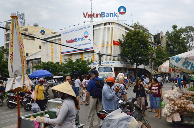 Bloomberg: IFC đang tìm đối tác mua phần vốn góp tại VietinBank - Ảnh 1.