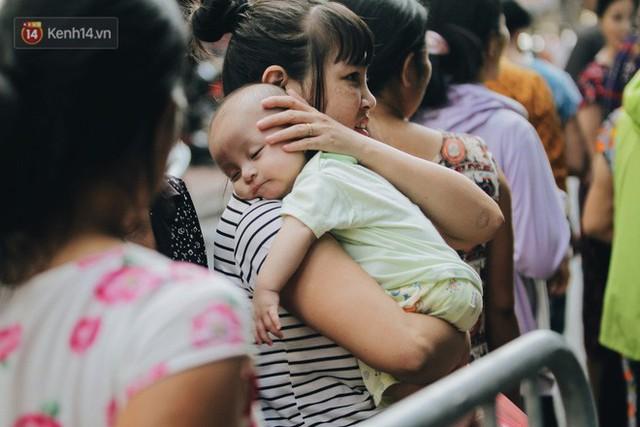 Tình người sau đám cháy Đê La Thành: Đúng là trong hoạn nạn mới biết có nhiều người tốt thế - Ảnh 25.