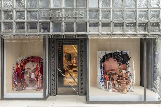 Sự hấp dẫn đến từ những khung cửa sổ của Hermès: Câu chuyện về tính sáng tạo nghệ thuật cao, được đầu tư chỉn chu của một thương hiệu đẳng cấp  - Ảnh 4.