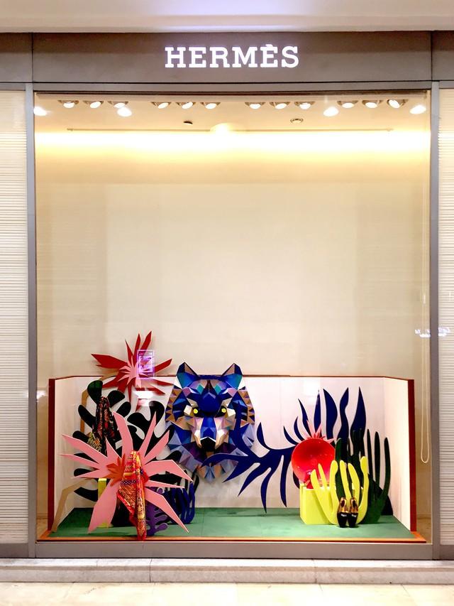 Sự hấp dẫn đến từ những khung cửa sổ của Hermès: Câu chuyện về tính sáng tạo nghệ thuật cao, được đầu tư chỉn chu của một thương hiệu đẳng cấp  - Ảnh 7.