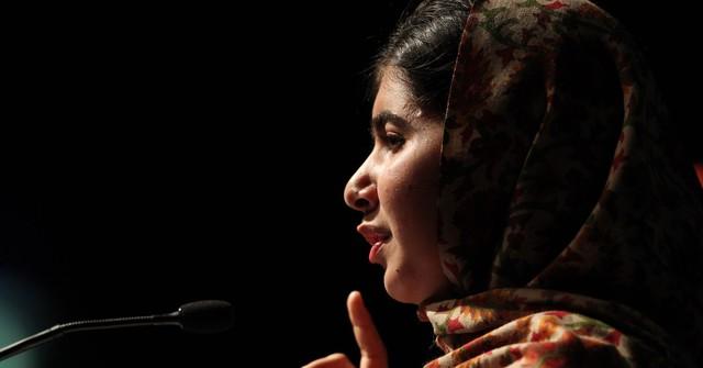 Chủ nhân giải Nobel Hoà Bình Malala Yousafzai: Tất cả mọi người đều có thể tạo nên thay đổi vĩ đại, đừng vì nghĩ mình còn trẻ mà tự giới hạn, kìm hãm bản thân - Ảnh 1.