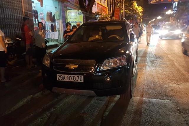 Danh tính 3 đối tượng đi ôtô, táo tợn dùng vũ khí cướp tiệm vàng ở TP Sơn La - Ảnh 2.