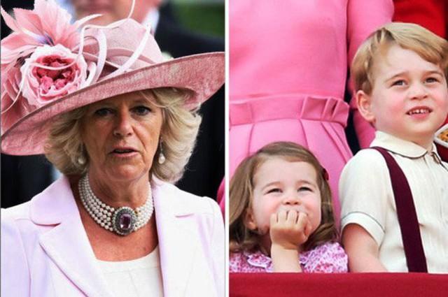 Không phải là bà nội, Hoàng tử George và Công chúa Charlotte gọi bà Camilla bằng cái tên kỳ lạ, không có lời giải thích - Ảnh 2.