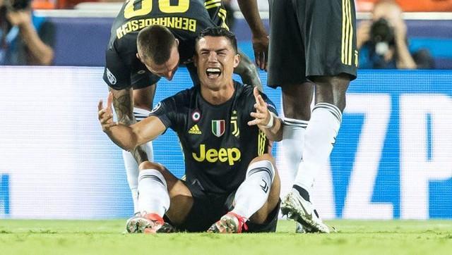 Messi có thể vượt qua Ronaldo để giành Quả bóng vàng FIFA 2018 - Ảnh 1.