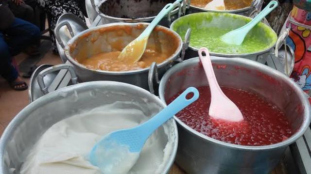 Bubur Madura - món cháo truyền thống độc lạ ăn cùng trân châu, sữa dừa của đất nước Philippines - Ảnh 3.