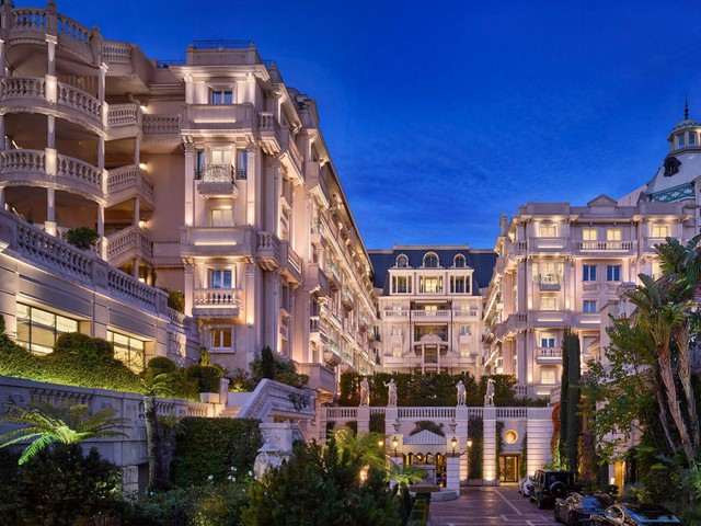 Trải nghiệm cuộc sống xa hoa trong khách sạn sang chảnh bậc nhất tại Monaco có giá tới 41.000 USD/đêm - Ảnh 1.