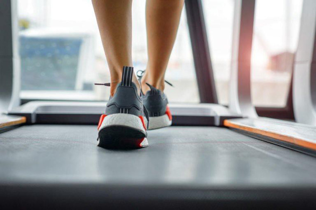 Ngủ đủ giấc, không bỏ bữa sáng, luyện tập thường xuyên: Thói quen lành mạnh là bí quyết đơn giản nhưng hiệu quả giúp bạn sống khỏe - Ảnh 1.