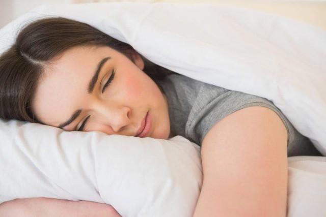 Ngủ đủ giấc, không bỏ bữa sáng, luyện tập thường xuyên: Thói quen lành mạnh là bí quyết đơn giản nhưng hiệu quả giúp bạn sống khỏe - Ảnh 4.