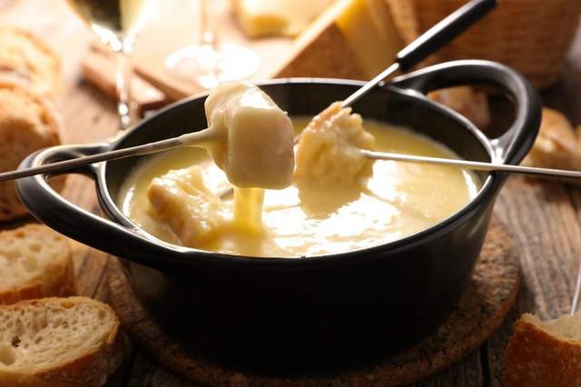 Thụy Sĩ không chỉ nổi tiếng với cảnh đẹp như tranh mà còn có nền ẩm thực làm người ta phải thèm thuồng - Ảnh 2.
