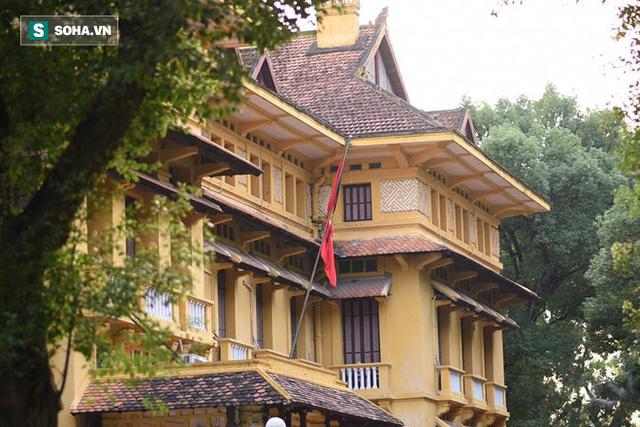 [TRỰC TIẾP] Khắp nơi treo cờ rủ Quốc tang Chủ tịch nước Trần Đại Quang - Ảnh 17.