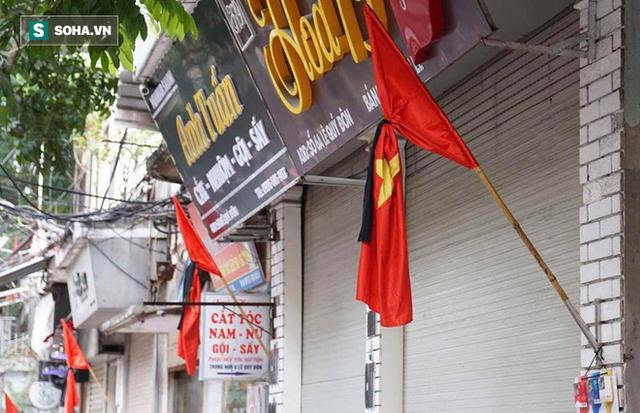 [TRỰC TIẾP] Khắp nơi treo cờ rủ Quốc tang Chủ tịch nước Trần Đại Quang - Ảnh 30.