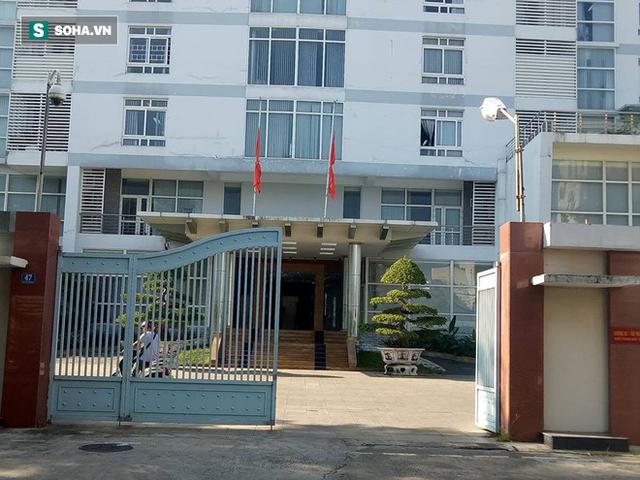 [TRỰC TIẾP] Khắp nơi treo cờ rủ Quốc tang Chủ tịch nước Trần Đại Quang - Ảnh 31.