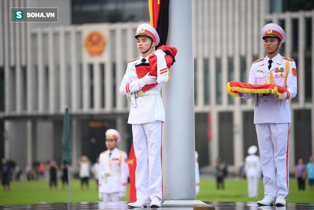 [TRỰC TIẾP] Khắp nơi treo cờ rủ Quốc tang Chủ tịch nước Trần Đại Quang - Ảnh 8.