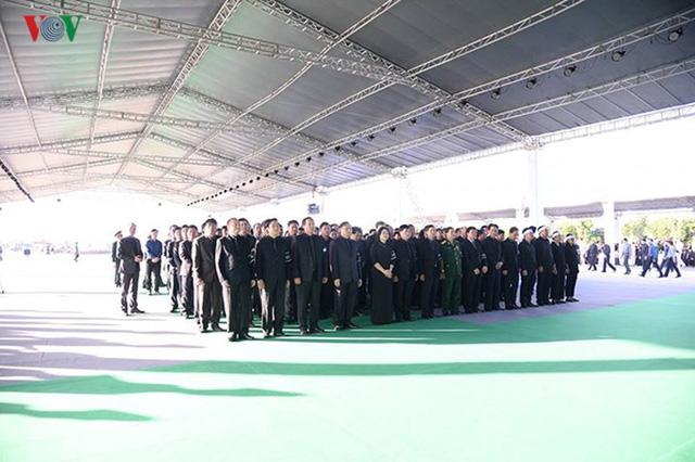 Lễ viếng Chủ tịch nước Trần Đại Quang tại quê nhà Quang Thiện - Ảnh 9.