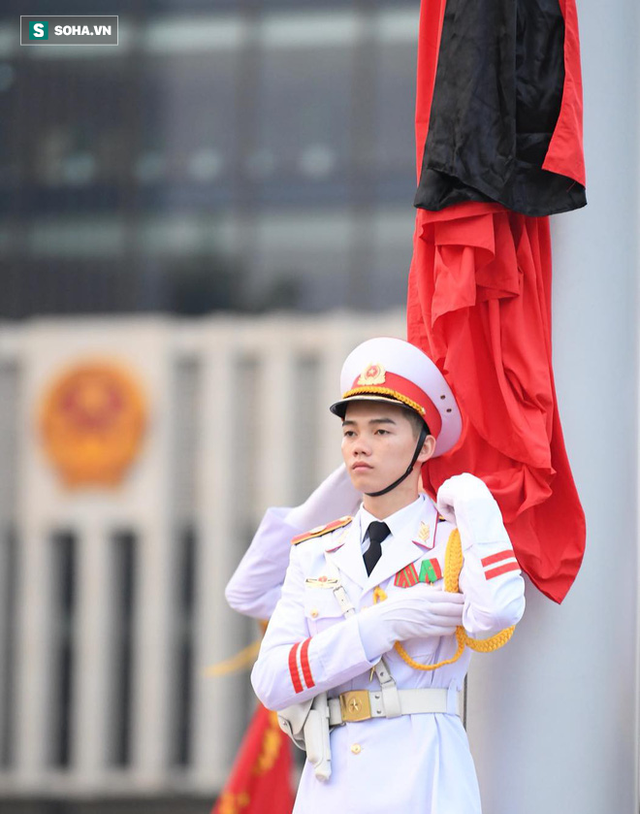 [TRỰC TIẾP] Khắp nơi treo cờ rủ Quốc tang Chủ tịch nước Trần Đại Quang - Ảnh 9.