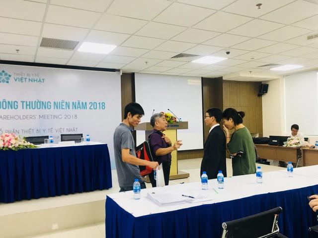 ĐHĐCĐ Thiết bị Y tế Việt Nhật (JVC) bất thành, cổ đông bức xúc muốn ý kiến lên UBCKNN - Ảnh 2.
