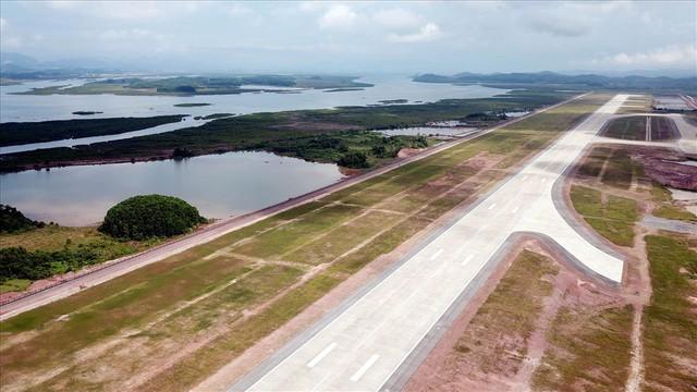 Phi trường Vân Đồn 7.500 tỉ đồng chuẩn bị khai thác các chuyến bay thương mại - Ảnh 1.